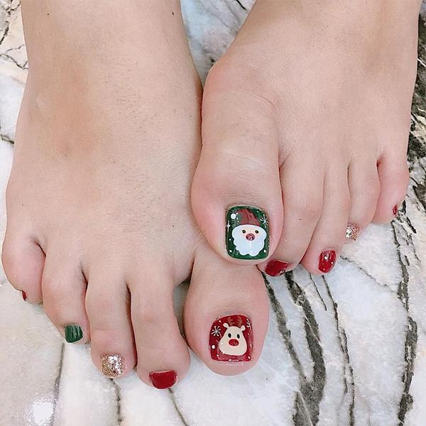 Những mẫu móng chân đẹp dễ thương đơn giản được yêu thích nhất hiện nay - hình ảnh 7