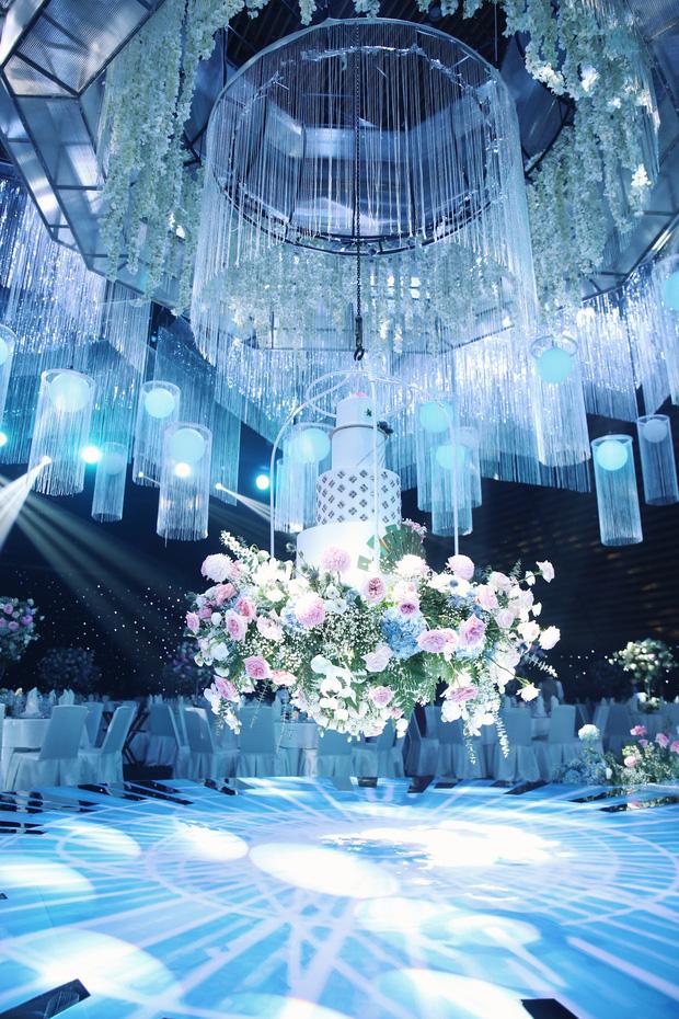 Đám cưới con ông chủ Saigon Square: Dàn siêu xe 200 tỷ, Cường Đôla, Mai Phương Thúy đến dự - 14