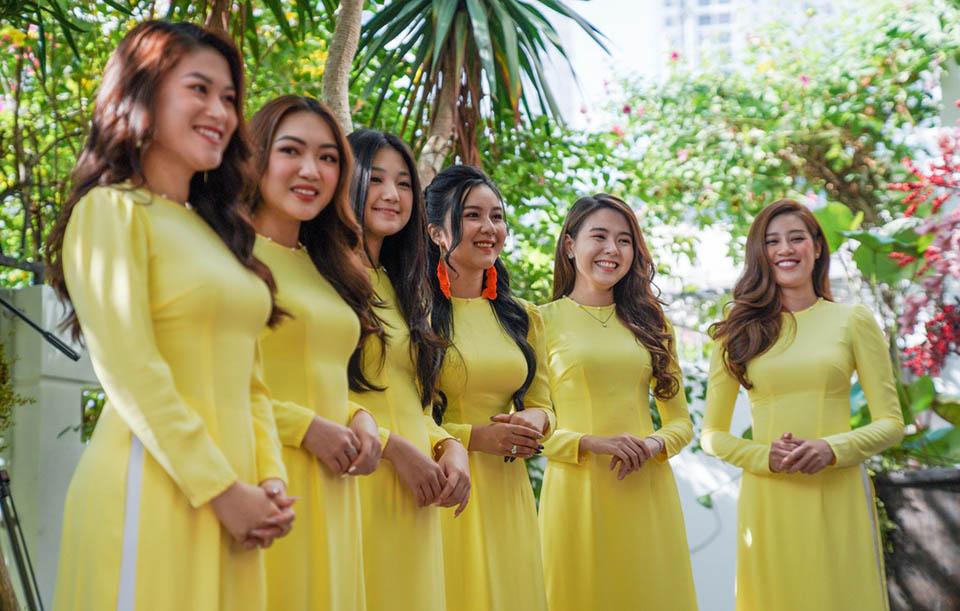 Đám cưới con ông chủ Saigon Square: Dàn siêu xe 200 tỷ, Cường Đôla, Mai Phương Thúy đến dự - 8