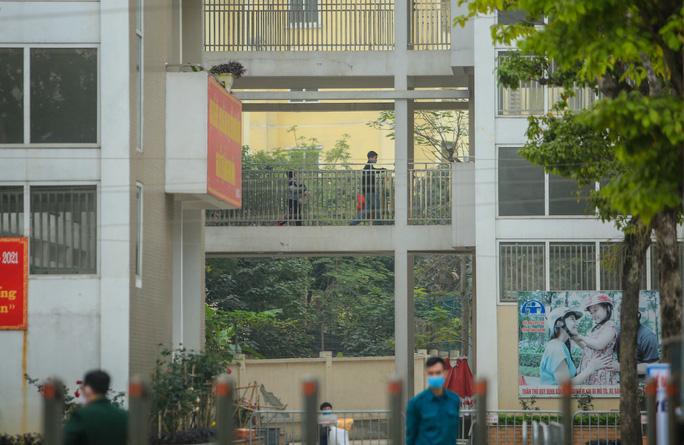 Tất cả học sinh là F1 ở trường tiểu học Xuân Phương đều có kết quả âm tính lần 1 - 1