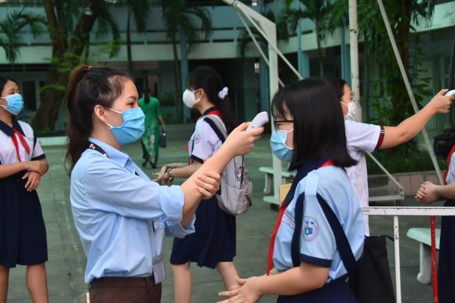 TP.HCM: Học sinh, sinh viên dừng đến trường từ ngày mai (2/2) - 1