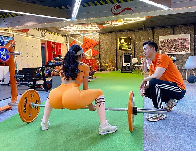 Hot girl tập gym Phạm Hồng Nhung vòng ba gần 100cm nhờ nâng tạ 160kg - 8