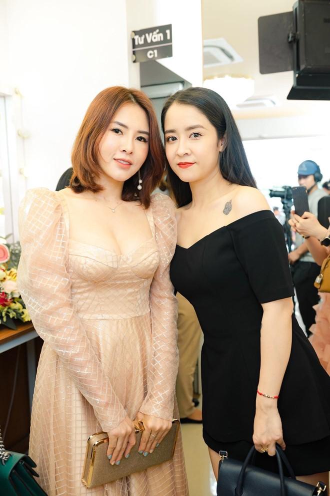 """Người đẹp Hà Ly """"Làng ế vợ"""" phủ nhận được làm diễn viên nhờ quan hệ thân thiết với đạo diễn - 12"""