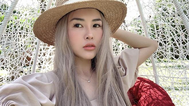 """Người đẹp Hà Ly """"Làng ế vợ"""" phủ nhận được làm diễn viên nhờ quan hệ thân thiết với đạo diễn - 1"""