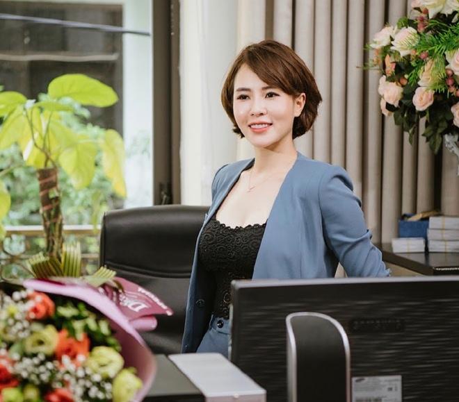 """Người đẹp Hà Ly """"Làng ế vợ"""" phủ nhận được làm diễn viên nhờ quan hệ thân thiết với đạo diễn - 9"""