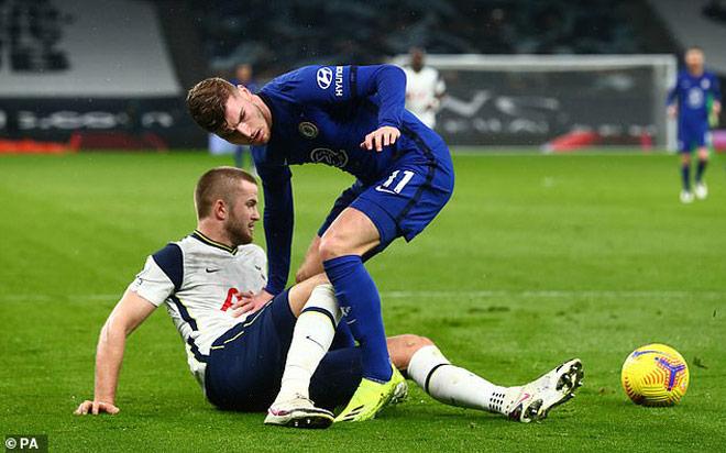 """Tottenham thua Chelsea vì 11m: """"Tội đồ"""" nhận """"mưa gạch"""" từ cư dân mạng - 3"""