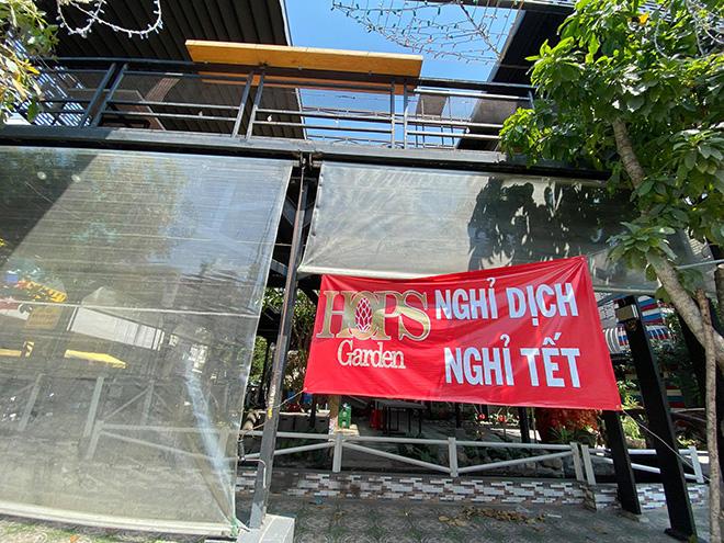 TP.HCM: Quán bar, karaoke, quán nhậu đồng loạt đóng cửa, đường phố vắng tanh - hình ảnh 13