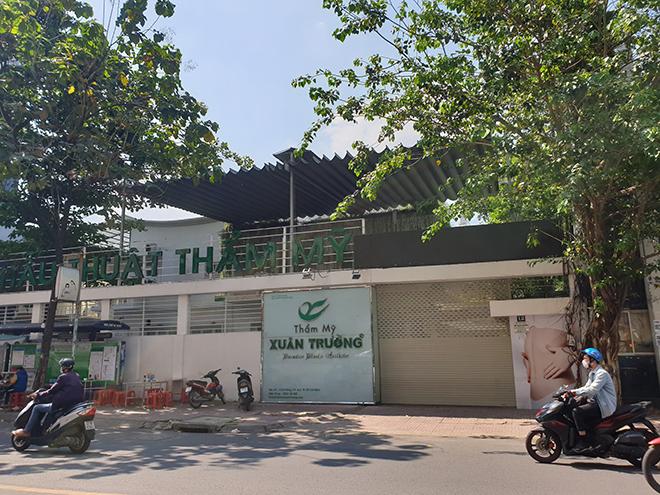 TP.HCM: Quán bar, karaoke, quán nhậu đồng loạt đóng cửa, đường phố vắng tanh - hình ảnh 6