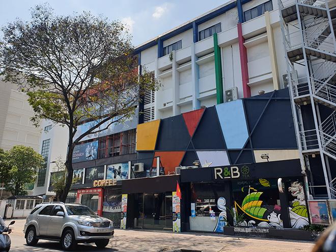 TP.HCM: Quán bar, karaoke, quán nhậu đồng loạt đóng cửa, đường phố vắng tanh - hình ảnh 8