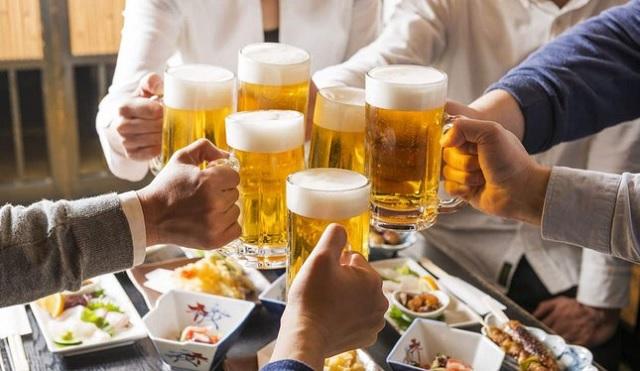 Muốn uống rượu bia ít tổn hại đến gan nhất hãy áp dụng những cách này - 3