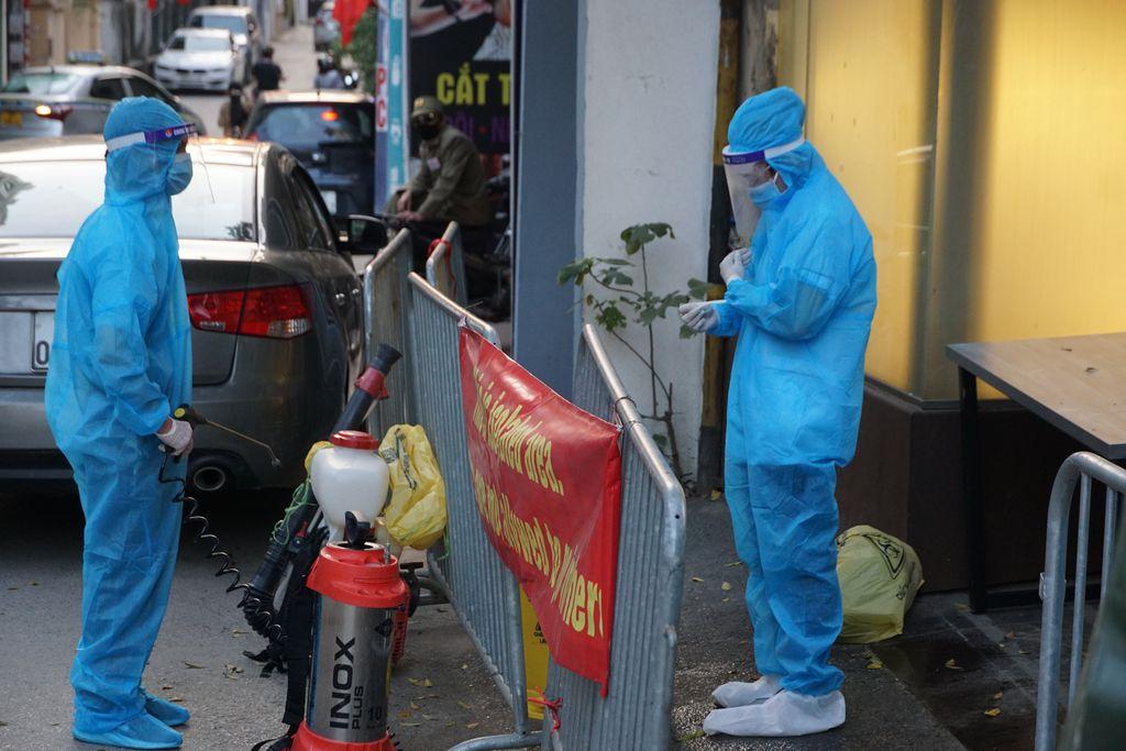 Hà Nội: Thêm 1 ca nghi nhiễm COVID-19, là người tiếp xúc gần với chuyên gia Nhật Bản