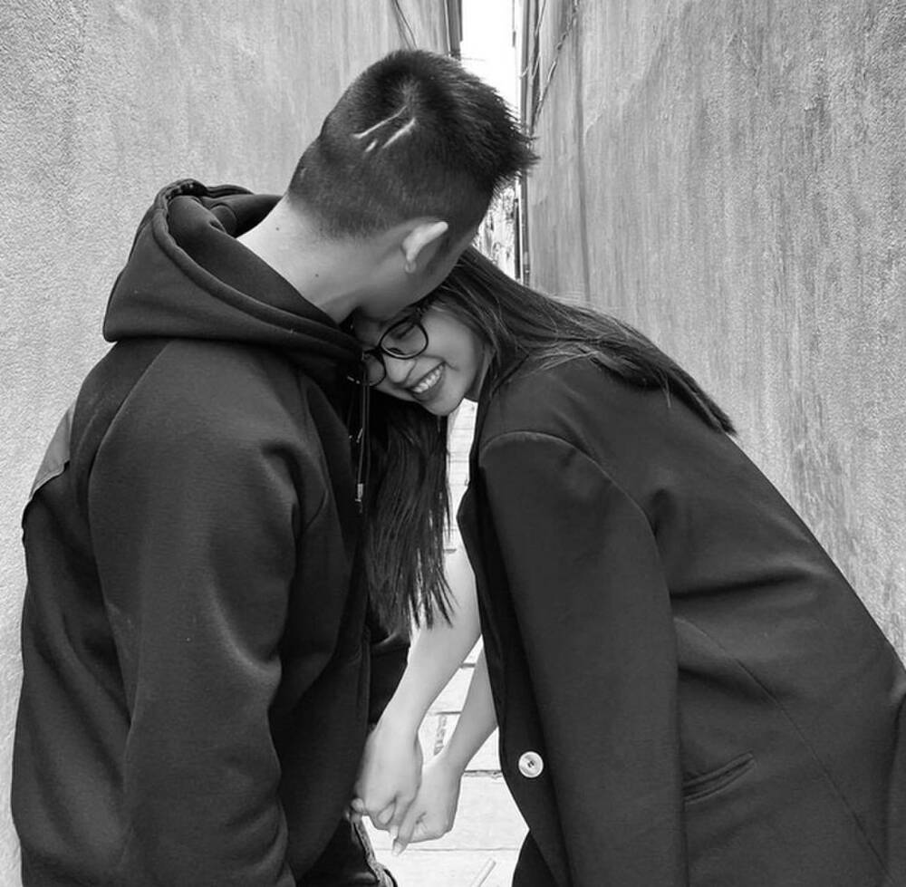 Nhật Lê hạnh phúc bên bạn trai mới sau thời gian chia tay Quang Hải - hình ảnh 6