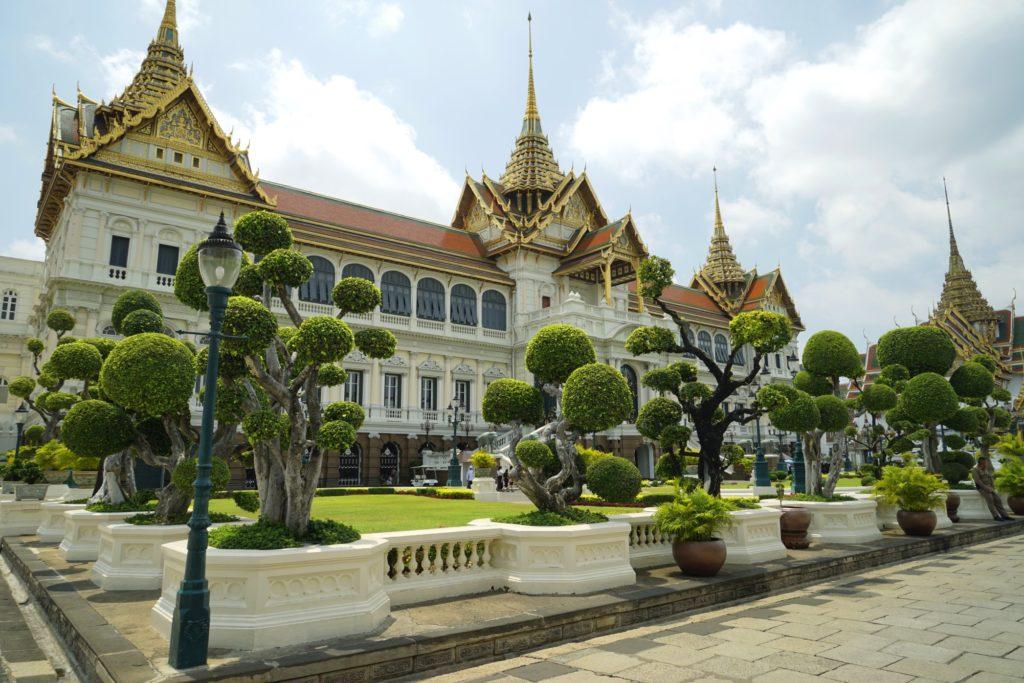Mùa xuân châu Á cũng khiến du khách say lòng người bởi những cảnh đẹp này - 24