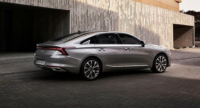 Kia K8 lộ diện hoàn chỉnh, thiết kế đẹp sang chảnh và mang logo mới - 3