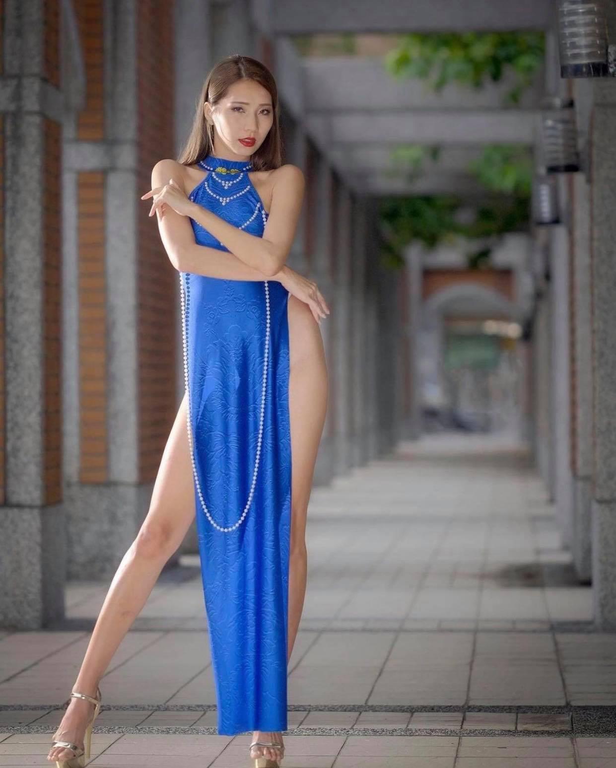 """Mẫu xứ Đài diện áo dài không quần, nhiều lần bị chỉ trích vì gu mặc """"không giống ai"""" - hình ảnh 5"""