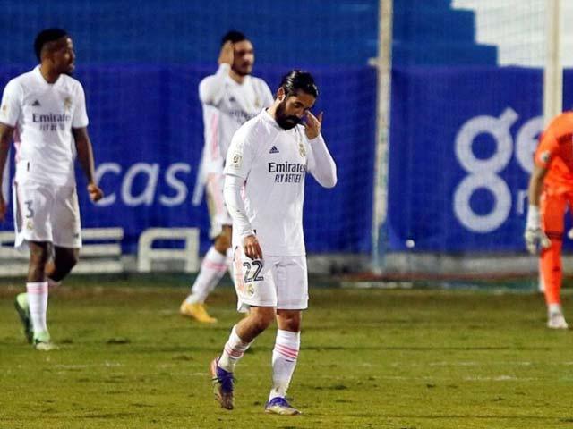 """Real Madrid điều tra nguyên nhân bão chấn thương, Zidane úp mở """"thủ phạm"""" - 1"""