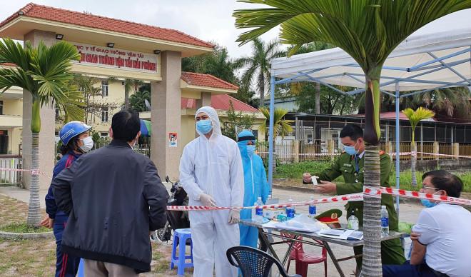 Nữ điều dưỡng nhiễm SARS-CoV-2 chưa rõ nguồn lây, Ban Thường vụ Thành ủy Hải Phòng họp khẩn - 1
