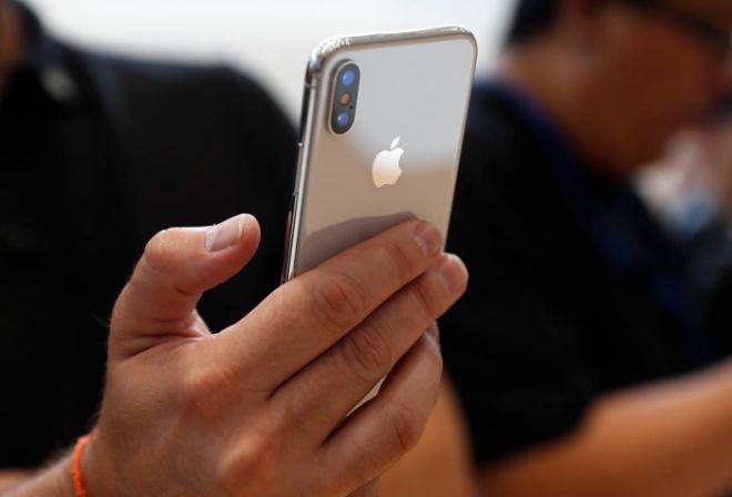 """iPhone X """"qua tay"""" còn giá bao nhiêu, liệu có nên mua? - 3"""