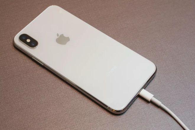 """iPhone X """"qua tay"""" còn giá bao nhiêu, liệu có nên mua? - 4"""