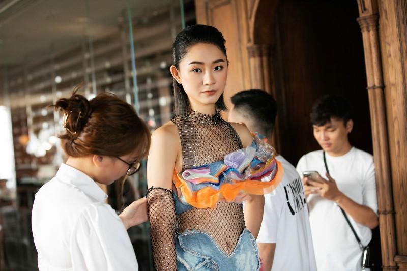 Hé lộ những mẫu trang phục đầu tiên sẽ trình diễn tại đảo ngọc Phú Quốc - 2