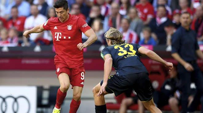 Video Bayern Munich - Cologne: Lewandowksi rực rỡ, xây chắc ngôi đầu - 1