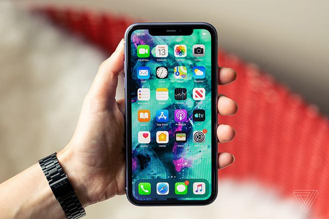 """Chiếc iPhone """"quốc dân"""" này đang giảm kịch, iFan sắm đi chờ chi - 3"""