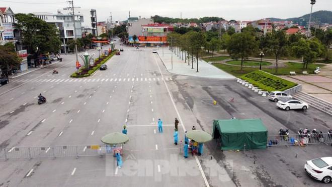 Toàn cảnh TP Chí Linh trước giờ gỡ phong tỏa - 3