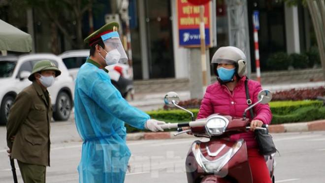 Toàn cảnh TP Chí Linh trước giờ gỡ phong tỏa - 7