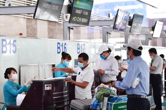 Các hãng hàng không không trả tiền khách hàng khi hoàn vé máy bay: Bộ GTVT nói gì? - 2