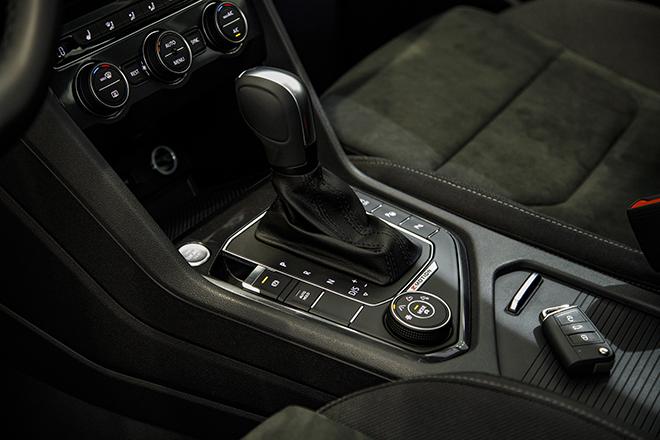 Volkswagen Tiguan Elegance nhận ưu đãi thêm 100 triệu đồng - 10