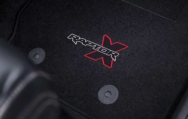 Ford Ranger Raptor có thêm phiên bản X Special màu đỏ với decal tia chớp siêu cháy - 6