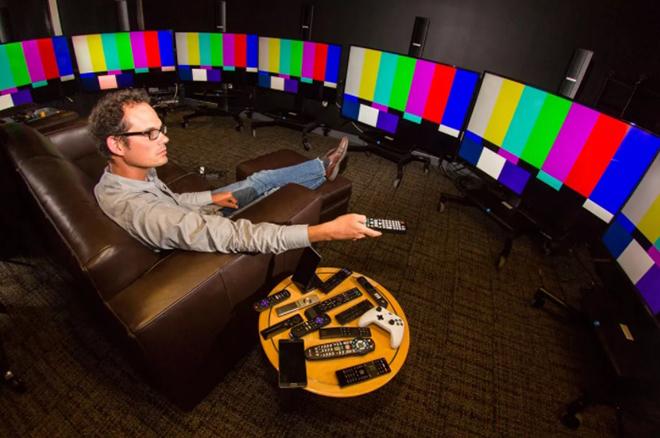 Người dùng phổ thông nên chọn TV OLED hay TV QLED? - 2