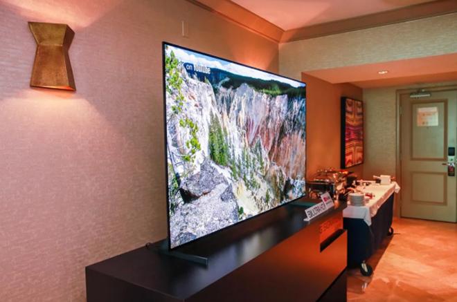 Người dùng phổ thông nên chọn TV OLED hay TV QLED? - 4