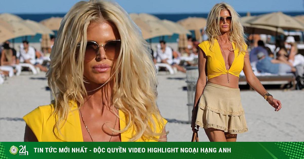 Hoa hậu Thụy Điển Victoria Silvstedt khoe dáng bốc lửa ở tuổi U50