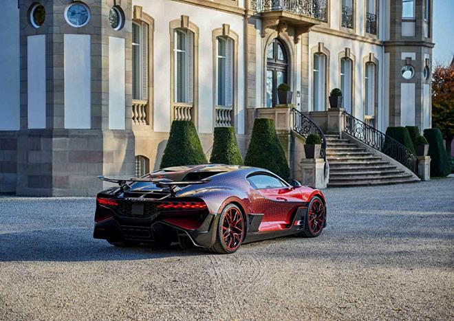 Siêu phẩm Bugatti Divo Ladybug lộ diện sau hai năm nghiên cứu - 2