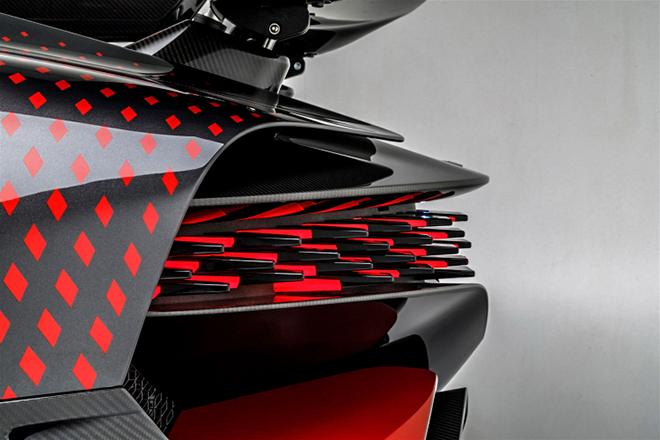 Siêu phẩm Bugatti Divo Ladybug lộ diện sau hai năm nghiên cứu - 9