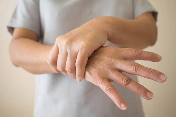 Nếu không có 6 triệu chứng dưới đây khi đi bộ, xin chúc mừng bạn sẽ có tuổi thọ rất cao - 2