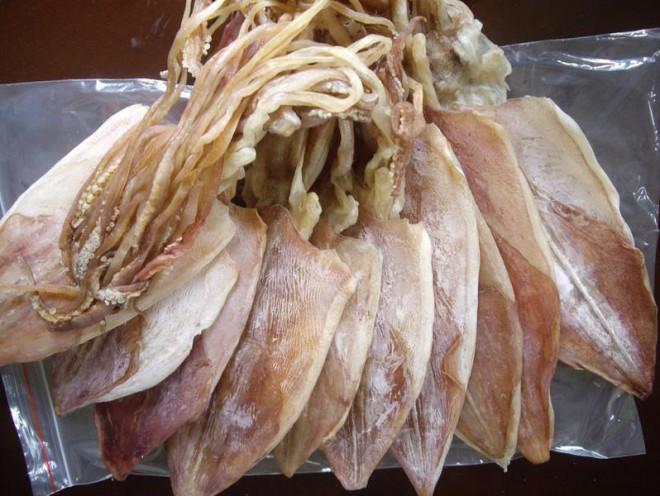 Việt Nam thu về gần 44 triệu USD từ bán mực, bạch tuộc - 1