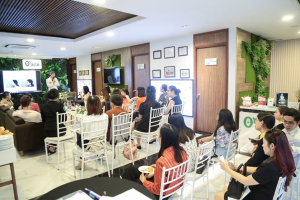 """CEO Lê Ngọc Lam Quỳnh chia sẻ bí quyết dẫn dắt doanh nghiệp vượt """"cơn bão"""" Covid - 4"""