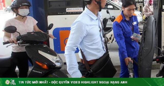 Giá dầu hôm nay 12/3: Bất ngờ đi xuống, giá xăng tại Việt Nam chiều nay sẽ như thế nào?