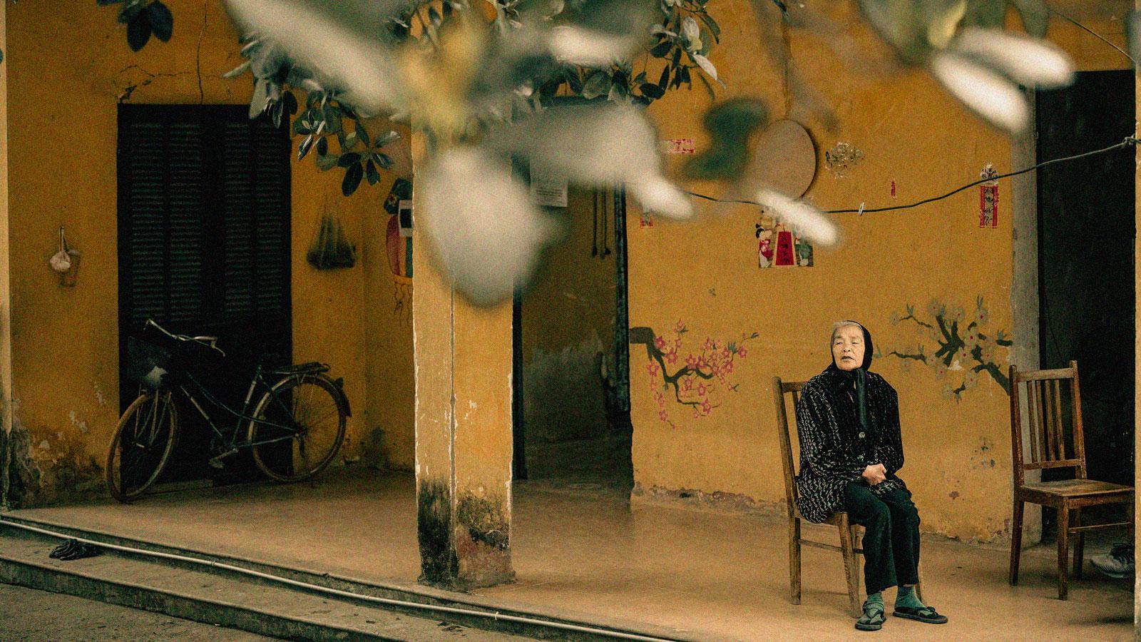 Người phụ nữ khốn khổ sống cô độc trong khu nhà bỏ hoang giữa rừng - 8