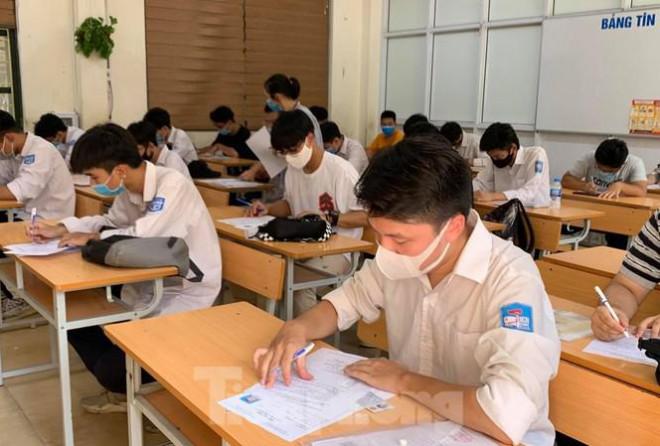 Khi nào thí sinh đăng ký dự thi, tuyển sinh, thi tốt nghiệp THPT năm 2021? - 1