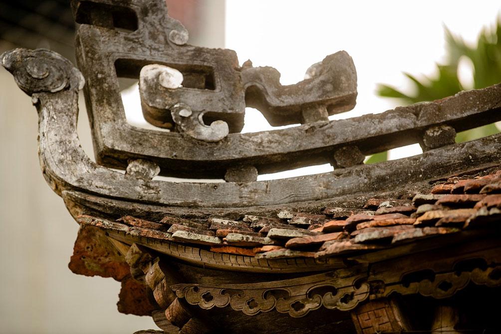 Ngôi nhà cổ gần 200 tuổi chứa bảo vật dát vàng, giá nào cũng không bán - hình ảnh 14
