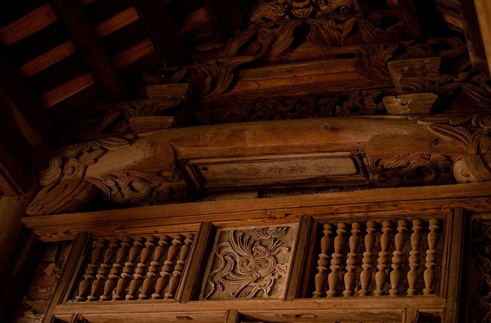 Ngôi nhà cổ gần 200 tuổi chứa bảo vật dát vàng, giá nào cũng không bán - hình ảnh 5