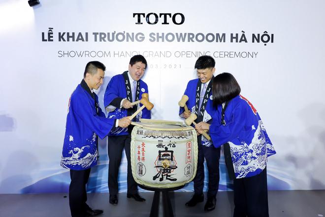 """Màn """"chào sân"""" ấn tượng của TOTO tại Hà Nội - 2"""