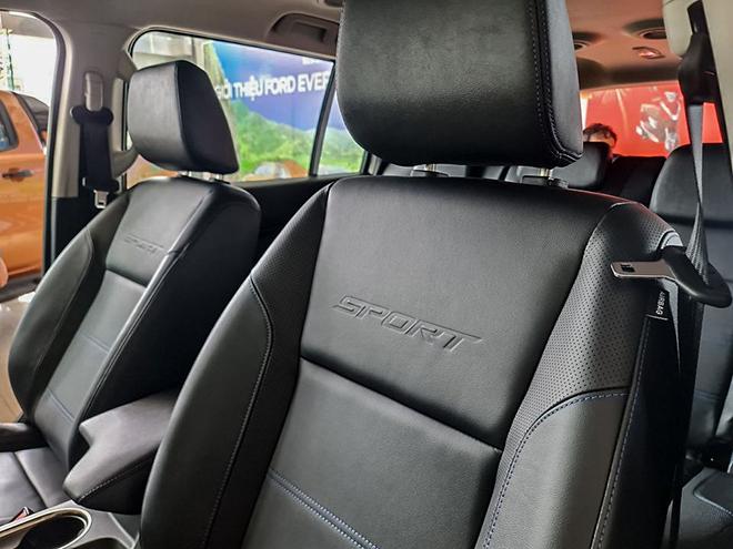 Ford Everest Sport mới về đại lý có gì đặc biệt? - 6