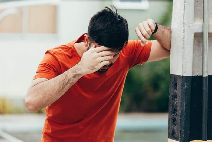 3 triệu chứng xuất hiện ở mặt và đầu vào buổi sáng sớm, coi chừng nhồi máu não tấn công - hình ảnh 2