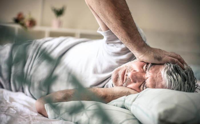 3 triệu chứng xuất hiện ở mặt và đầu vào buổi sáng sớm, coi chừng nhồi máu não tấn công - hình ảnh 1