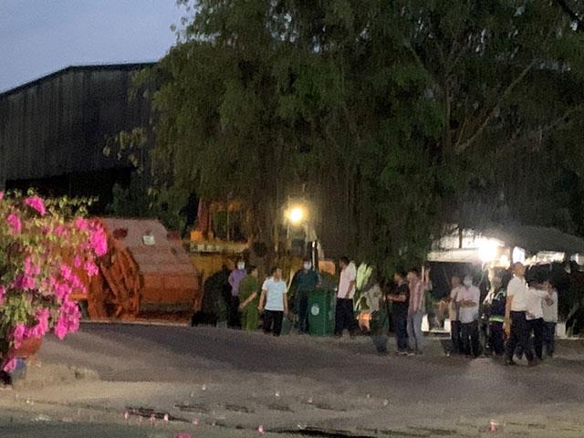 Công nhân vệ sinh bị xe chở rác cán chết khi đang làm việc - hình ảnh 1