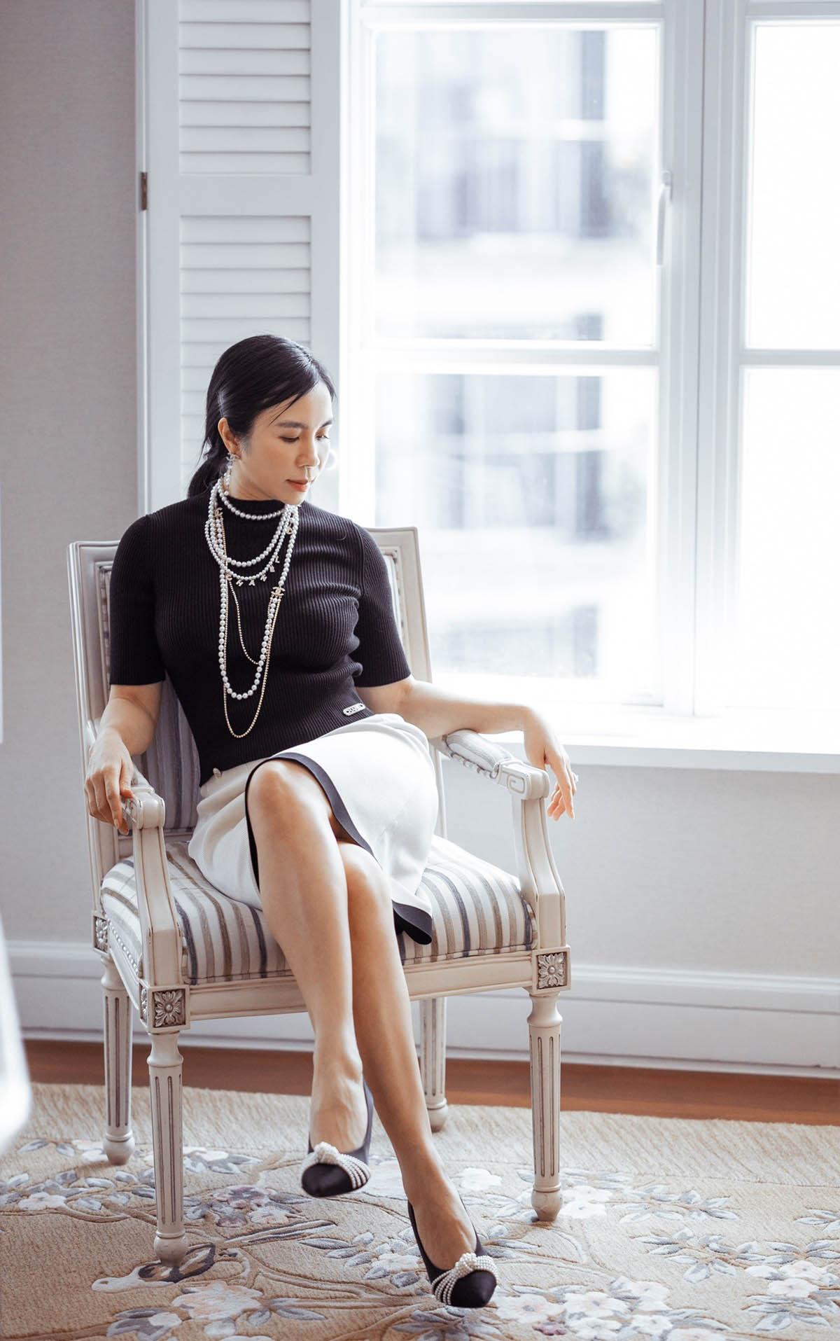 """Thú chơi hàng hiệu """"khủng"""" của fashionista Lưu Nga - hình ảnh 1"""